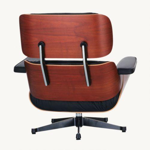 Der Vitra Lounge Chair ist Dank seiner funktionalen Perfektion, seiner hochwertigen Materialien und seiner ausgewogenen Formensprache ein Designklassiker von ungebrochener Aktualität.