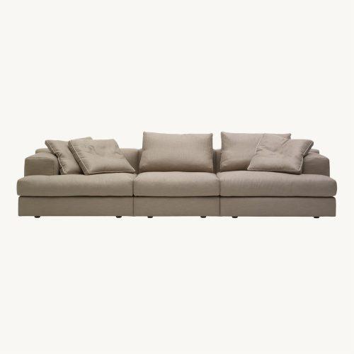 Miloe Sofa von Cassina