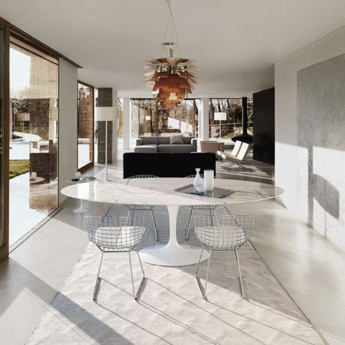 designermöbel-esstisch-saarinen-oval-wohnung