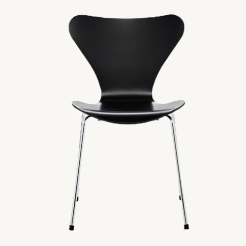 Fritz Hansen 3107 Chair