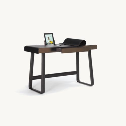 calssicon-pegasus-home-desk